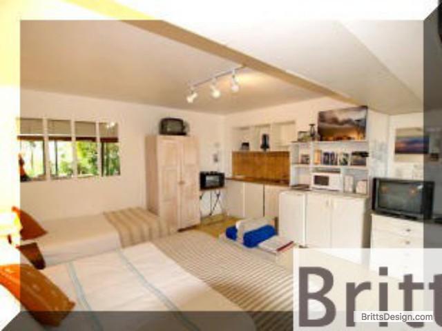 accommodation_near_beach_1_small