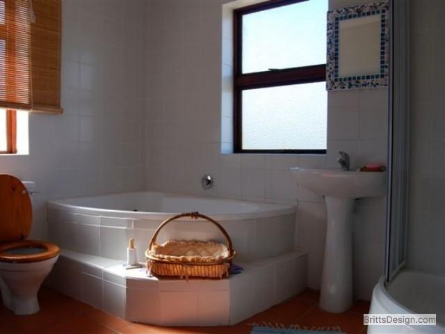 Bathroom upstairs full view bath